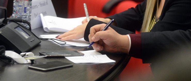 Како да напишете CV кое ќе биде забележано