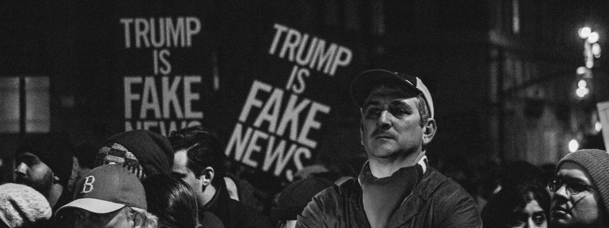 """Како """"лажните вести"""" на Трамп им дадоа ново оружје на авторитарните лидери"""