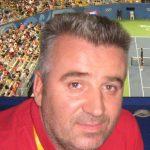 Перо Момировски