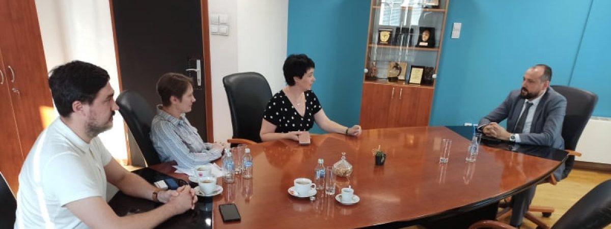 Средба на ССНМ со вицепремиерот за економски прашања Фатмир Битиќи